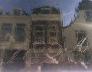 huisnummer op voordeur